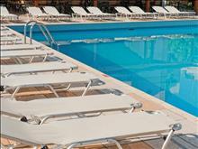Heronissos Hotel: Pool
