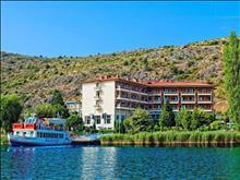 Tsamis Hotel