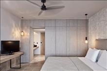 Minos Palace Hotel & Suites: Upper Deck Ocean View