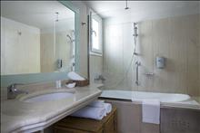 Minos Palace Hotel & Suites: Bungalow Ocean View