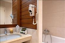 Pilot Beach Resort & Spa Hotel: Beach Front Suite