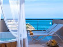 Blue Bay Resort : Executive Room Outdoor Jacuzzi
