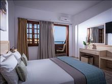 Blue Bay Resort : Family Room Outbuilding