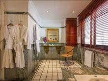 Danai Beach Resort & Villas: Bathroom