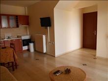 Lofos Apartments