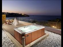 OUT OF THE BLUE, Capsis Elite Resort: Exclusive Luxury Suite