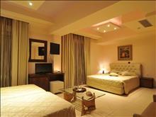 Panorama Hotel: Quadruple Room