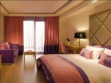 Limneon Resort & Spa: Luxury Suite