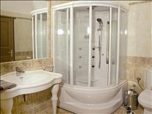 Bomo Palmariva Beach: Suite Bathroom
