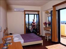 Porto Village Hotel