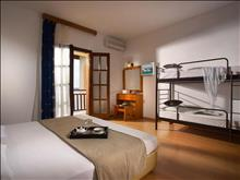 Akrathos Hotel: Double BunkBed (old photo)