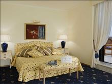 Aquila Rithymna Beach Hotel: Deluxe Room