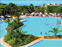 Aquila Rithymna Beach Hotel: Main pool with sea water