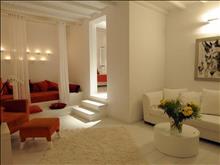 Ostraco Suites Hotel