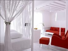 Cavo Tagoo Hotel