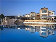 Istion Club & Spa: Pools