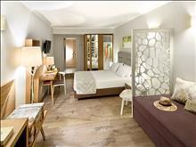Portes Beach Hotel: Superior Room Ground floor